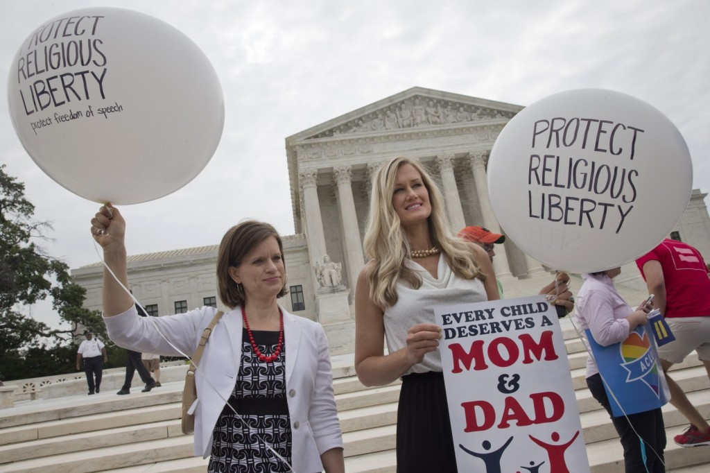 Obama_Supreme_Court_Gay_Marriage-0361d-1538