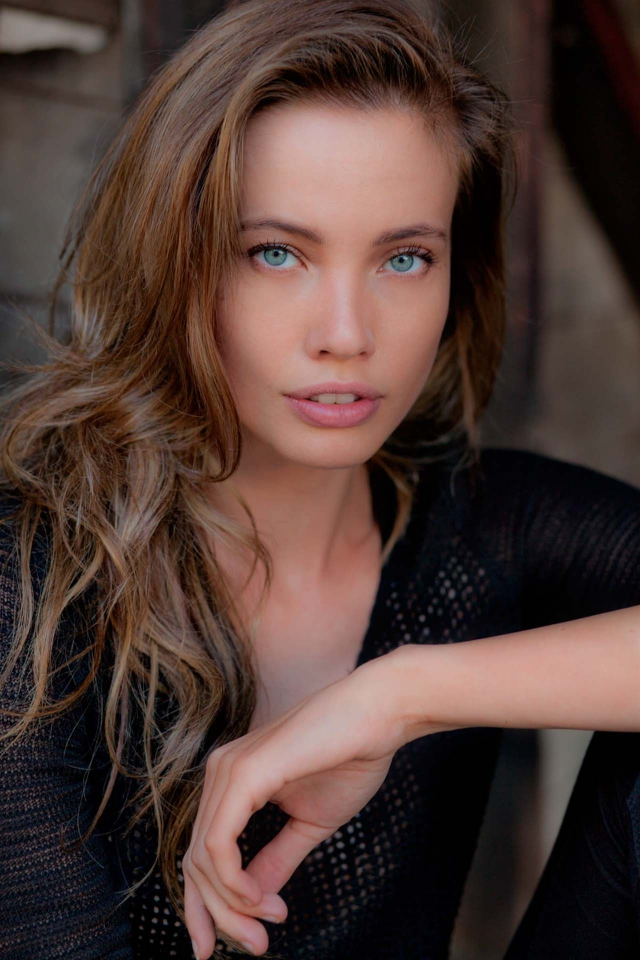 Stephanie Corneliussen Nude Photos 22